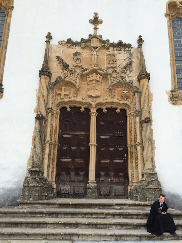 Porta da no Pátio das Escolas Universidade de Coimbra