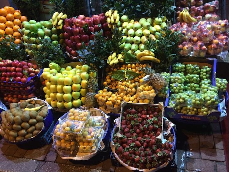 Frutaria junto do Hotel em Istambul Turquia ©Viaje Comigo