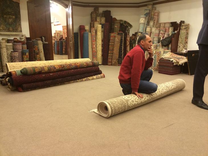 Mostra de tapetes no Bazaar54, Capadócia, Turquia ©Viaje Comigo