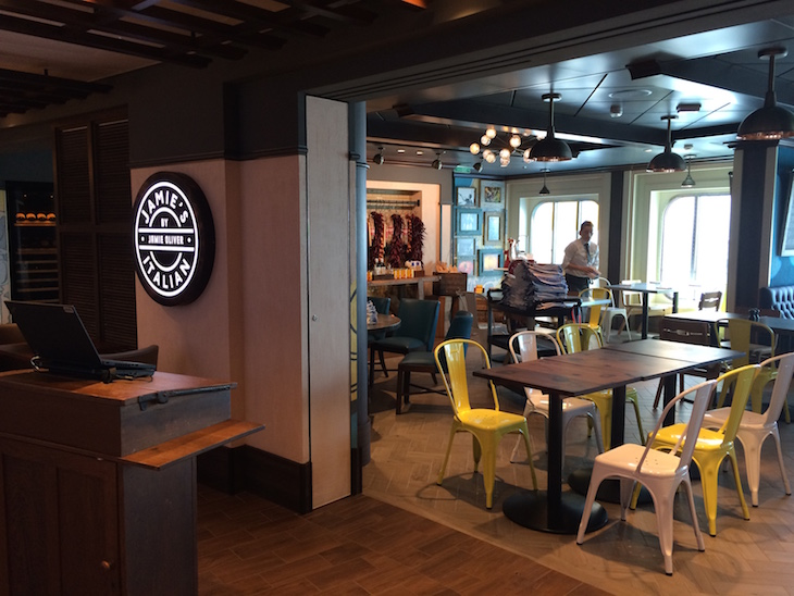 Restaurante do Jamie Oliver Anthem of the Seas ©Viaje Comigo