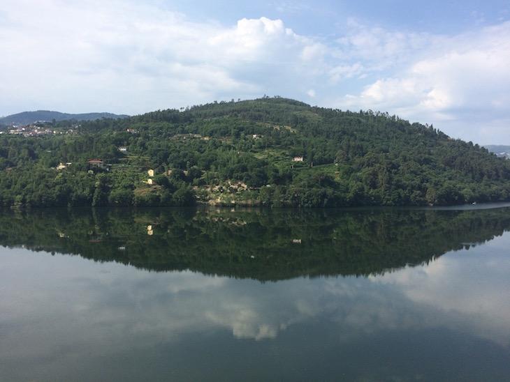 Reflexo no rio - Douro Royal Valley Hotel © Viaje Comigo
