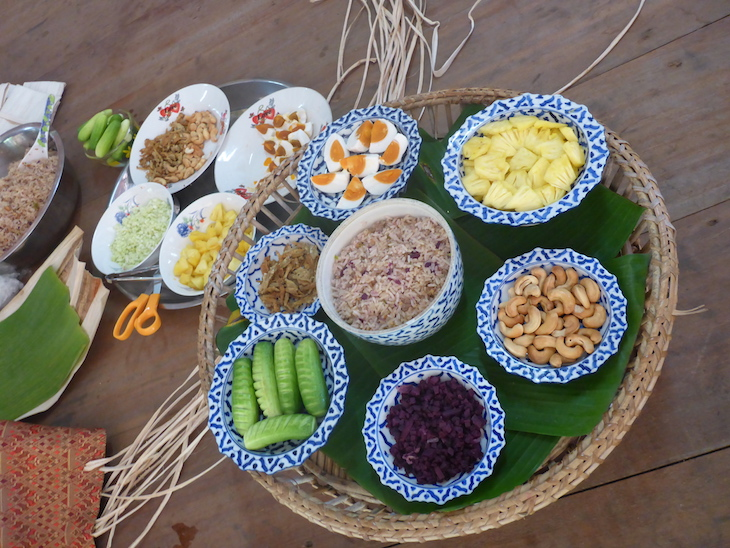 Almoço com o Grupo de Ecoturismo de Huai Raeng, Trat, Tailândia © Viaje Comigo