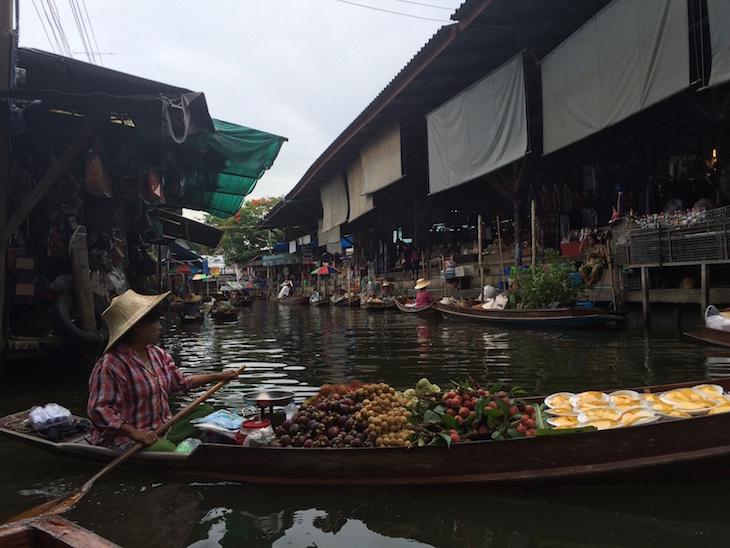 Mercado flutuante de Damnoen Saduak © Viaje Comigo