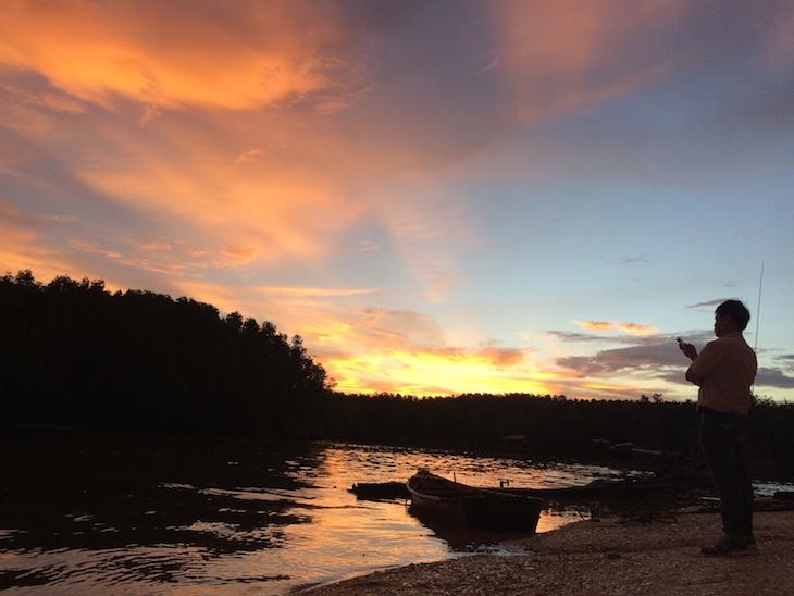 Pôr-do-sol junto do restaurante Tewthara © Viaje Comigo