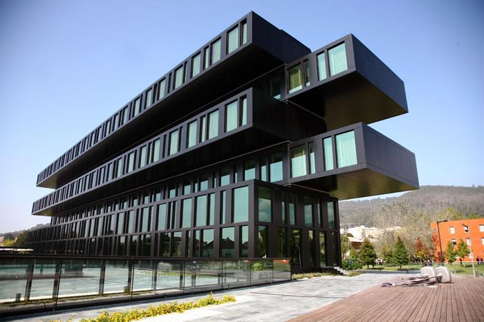 Piscina interior Axis Viana Business & SPA Hotel - DR