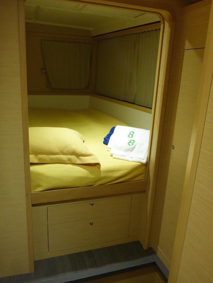 O meu quarto no catamarã © Viaje Comigo