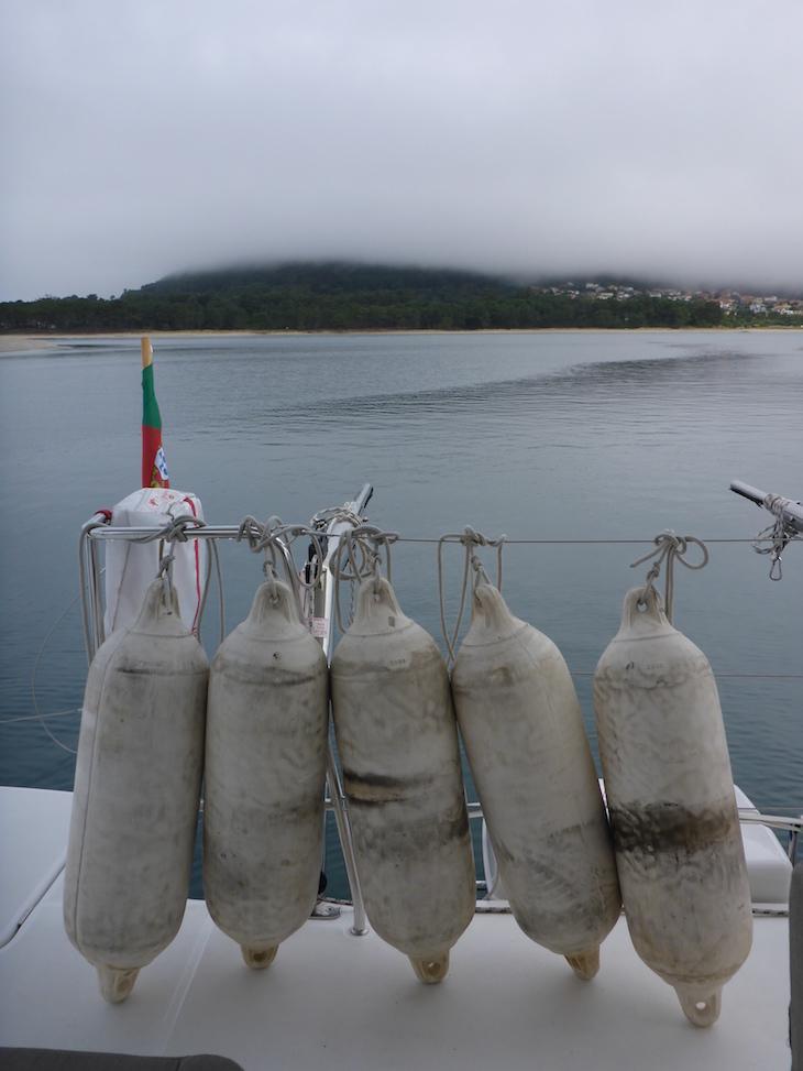 Catamarã da Feeldouro © Viaje Comigo