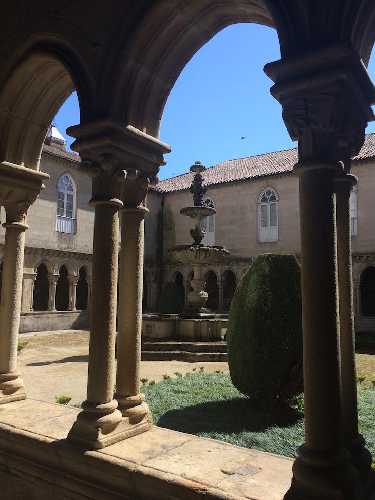 Claustros do Mosteiro de Santo Tirso © Viaje Comigo