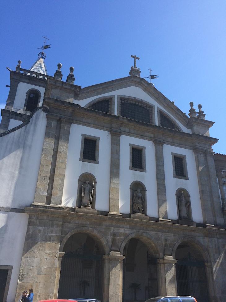 Igreja Matriz e Mosteiro de Santo Tirso © Viaje Comigo