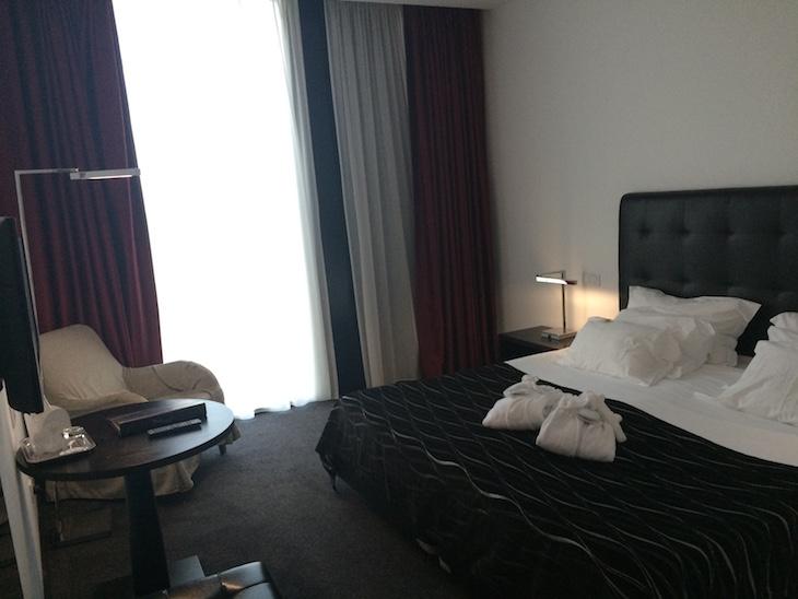 Quarto do hotel Axis Viana © Viaje Comigo