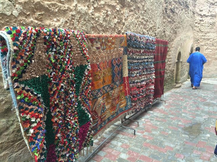 Tapetes em Essaouira © Viaje Comigo