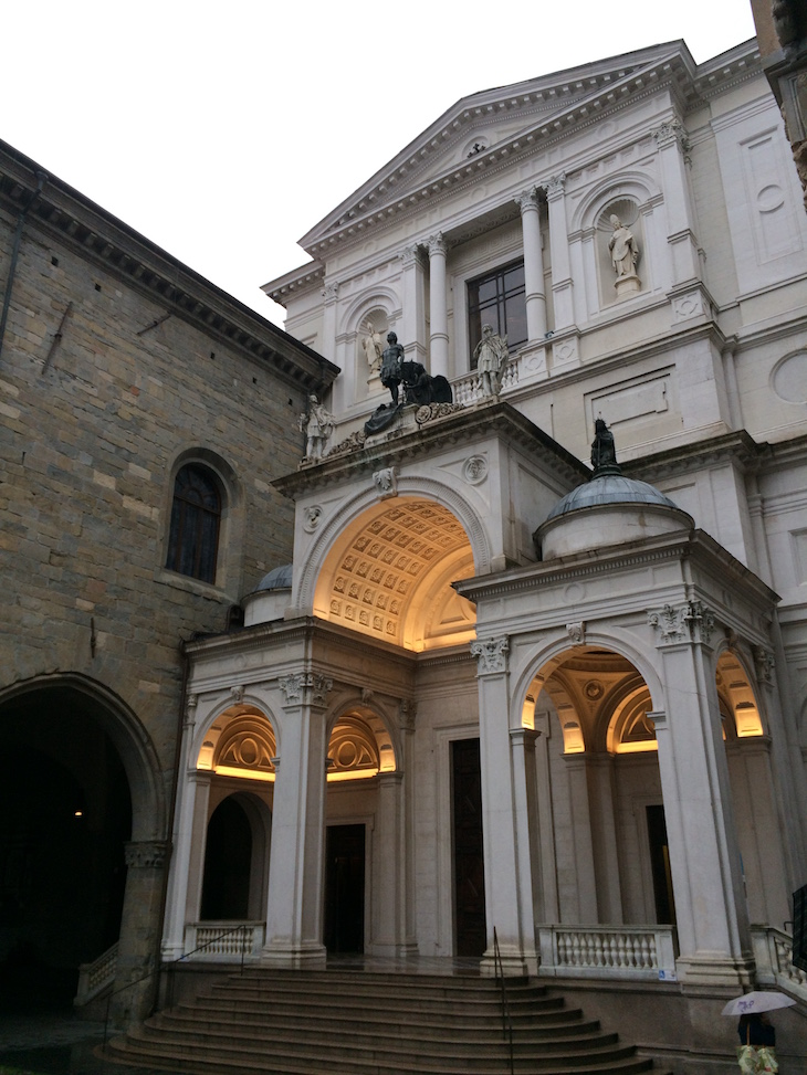 Bergamo, Piazza Duomo © Viaje Comigo