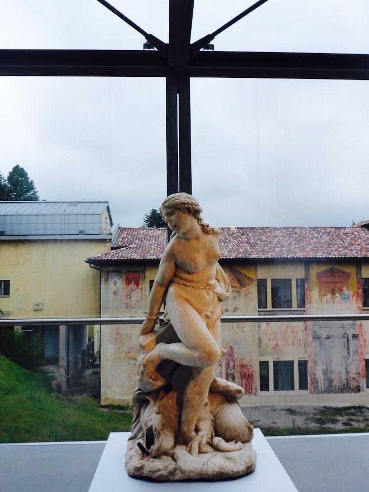 Bergamo Accademia Carrara escultura © Viaje Comigo