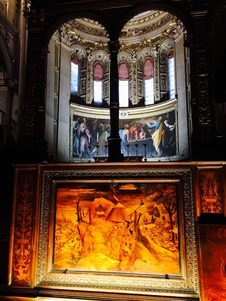 Bergamo, pormenores em madeira na Capela @ Viaje Comigo