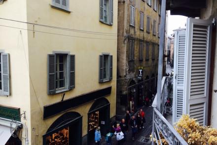 Vista da varanda do quarto no B&B Alla Rocca, Bergamo © Viaje Comigo