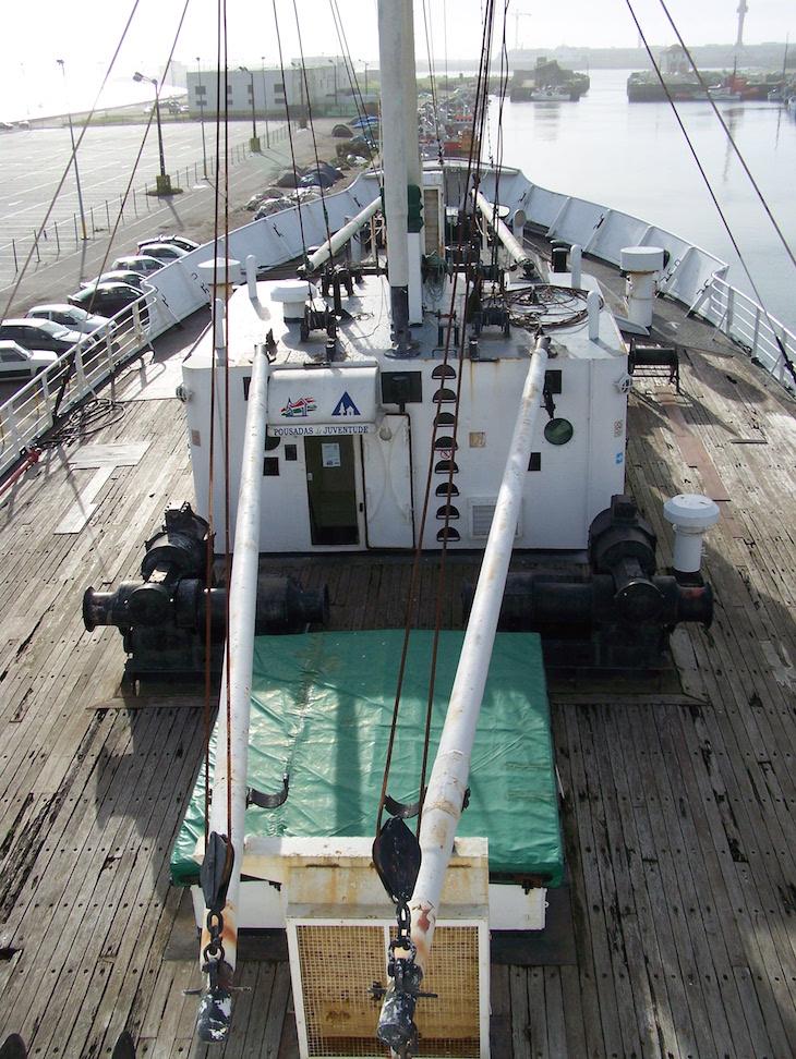 Dentro do navio Gil Eannes © Viaje Comigo