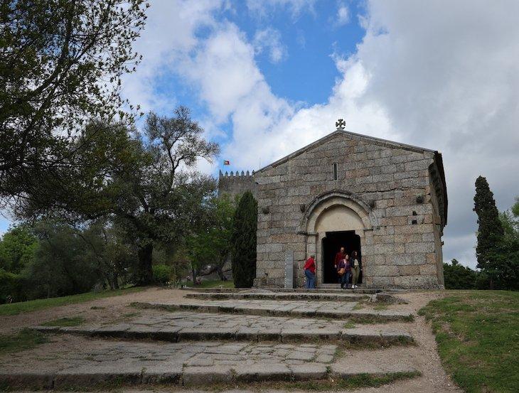 Capela de São Miguel, Guimarães - Portugal© Viaje Comigo