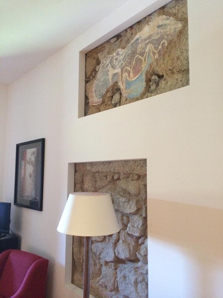 Frescos no quarto no Convento dos Capuchos, Monção © Viaje Comigo
