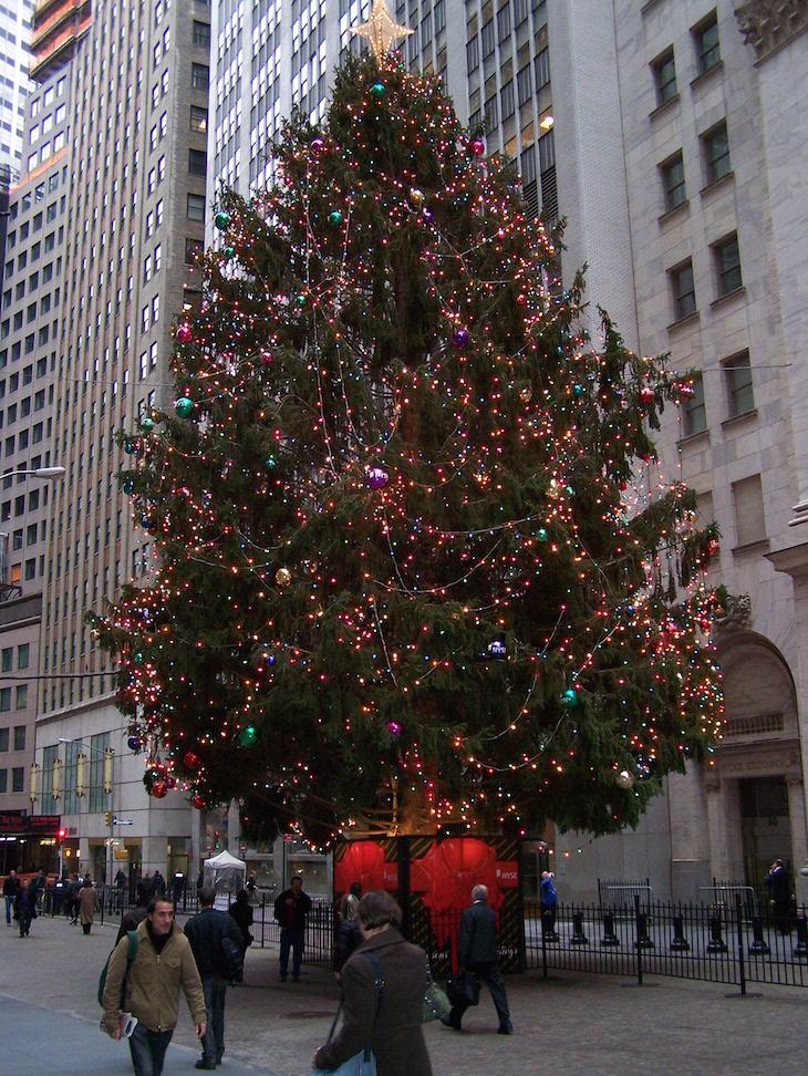 Árvore junto da NYSE, Natal em Nova Iorque © Viaje Comigo