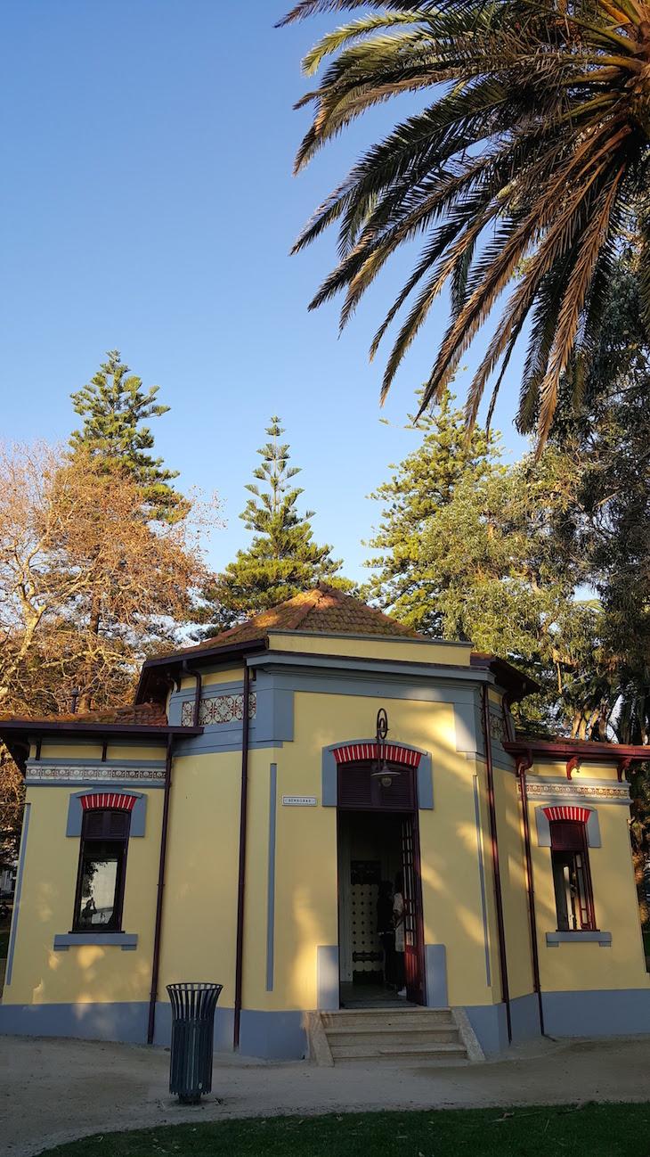 Sanitários públicos do Jardim do Passeio Alegre © Viaje Comigo