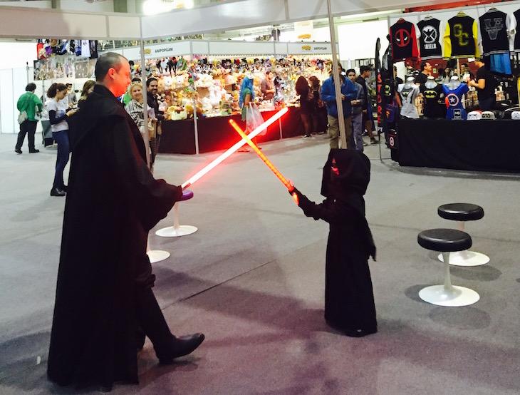 Comic Con Portugal 2015, Kylo Ren vs Sith Master © Viaje Comigo