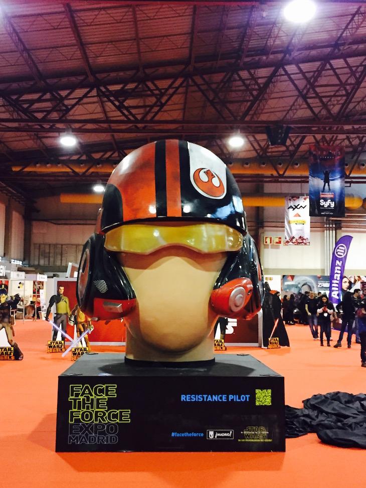 Comic Con Portugal 2015, capacete dos rebeldes de Star Wars © Viaje Comigo
