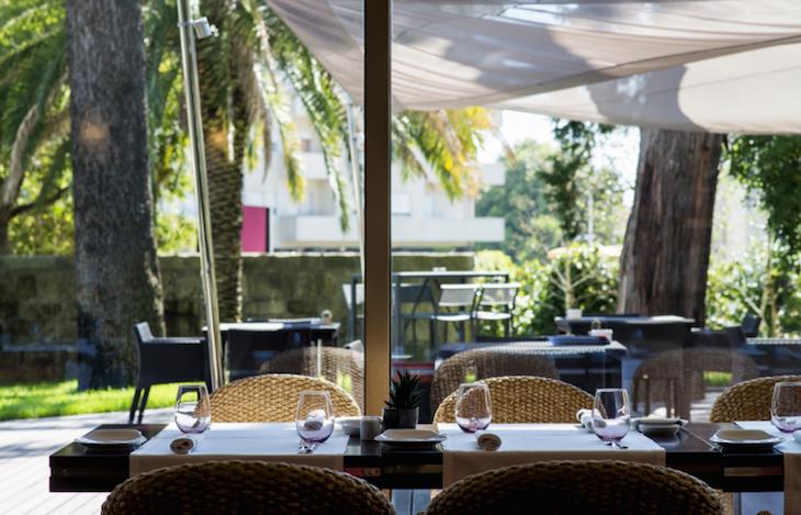 Hotel Crowne - Poivron Rouge