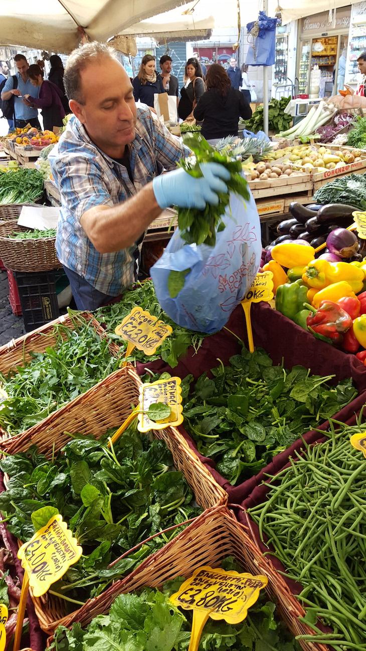 Mercado do Campo de Fiori, Roma© Viaje Comigo