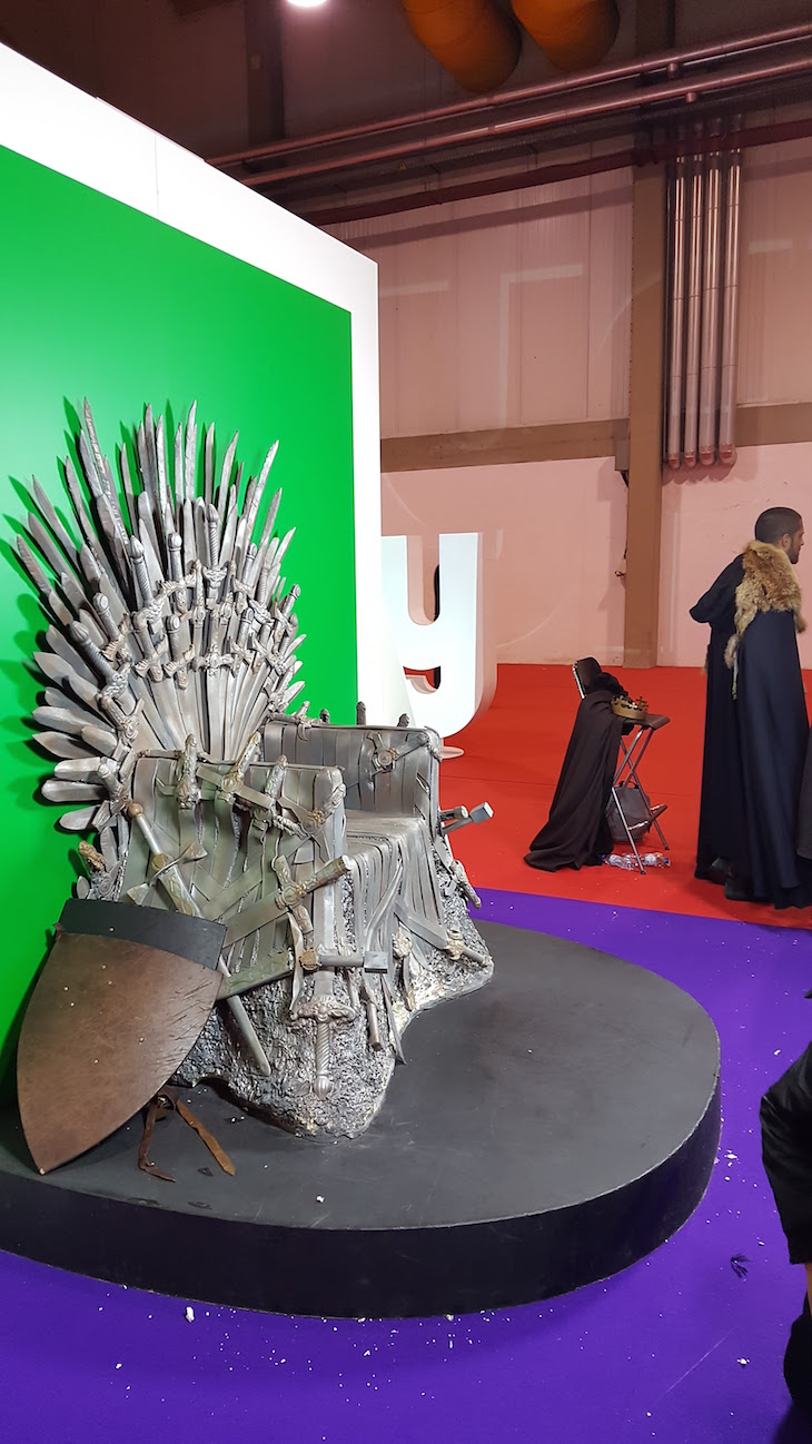 "Trono de ""Game of Thrones"" © Viaje Comigo"