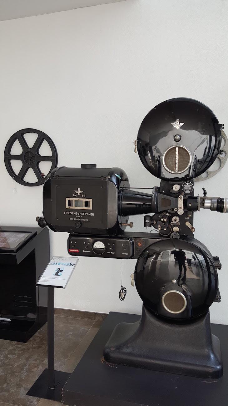 Máquina de filmar no MiMO - Museu da Imagem em Movimento, Leiria