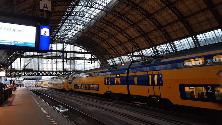 Centraal Station em Amesterdão © Viaje Comigo