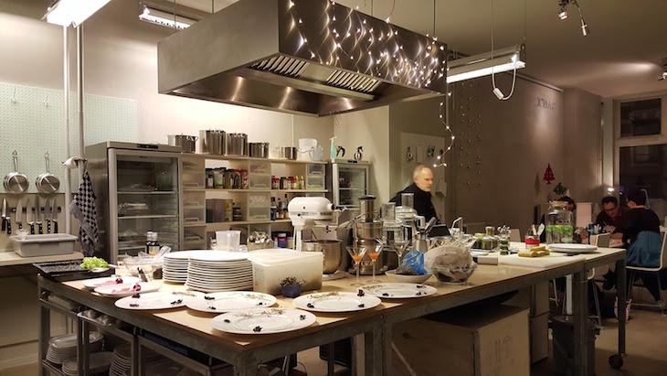 Cozinha do De Culinaire Werkplaats, Amesterdão © Viaje Comigo