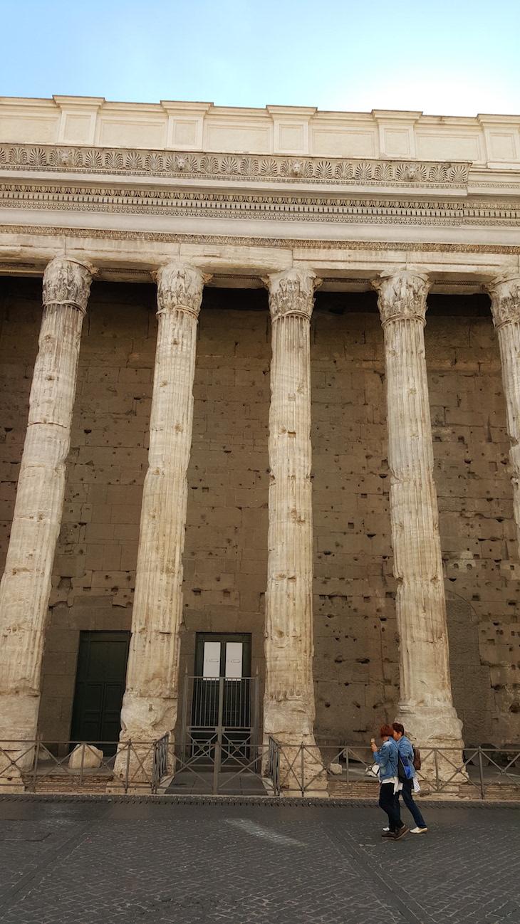 Templo de Adriano Roma © Viaje Comigo