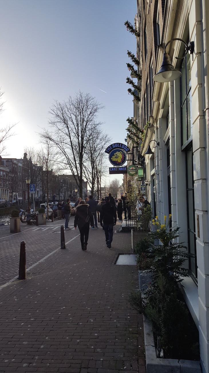 A marginal The Bulldog, Amesterdão © Viaje Comigo