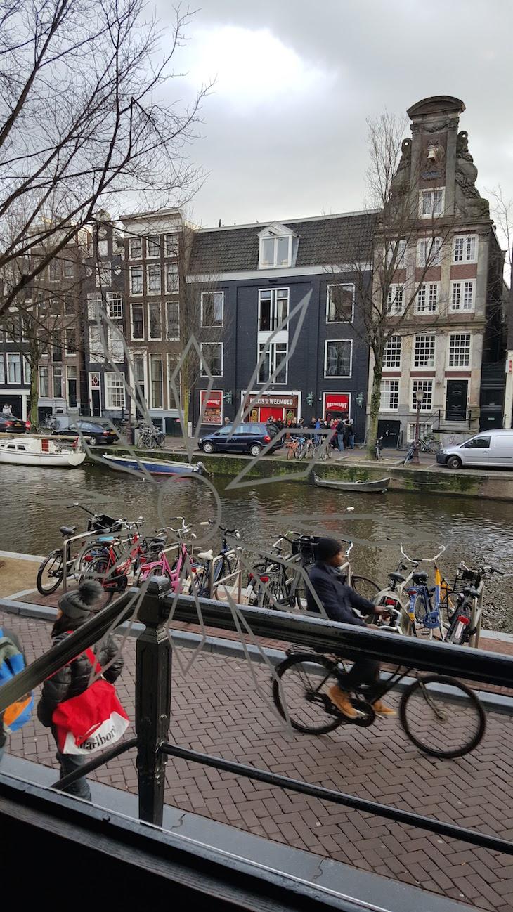 Vista da Ons' Lieve Heer op Solder em Amesterdão © Viaje Comigo