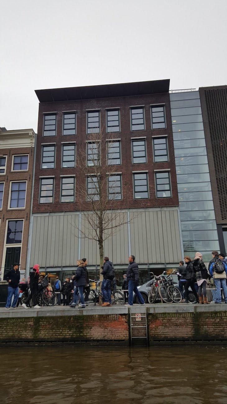 Filas para a Casa de Anne Frank, Amesterdão © Viaje Comigo