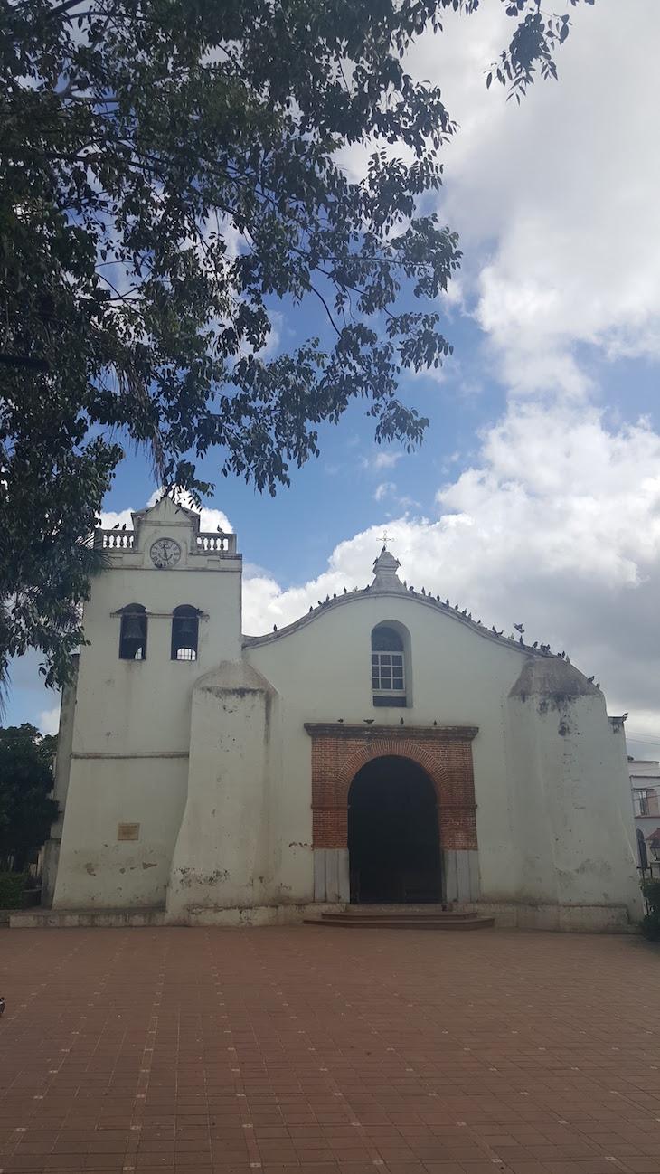 Igreja de São Dionisio - Higuey - República Dominicana © Viaje Comigo