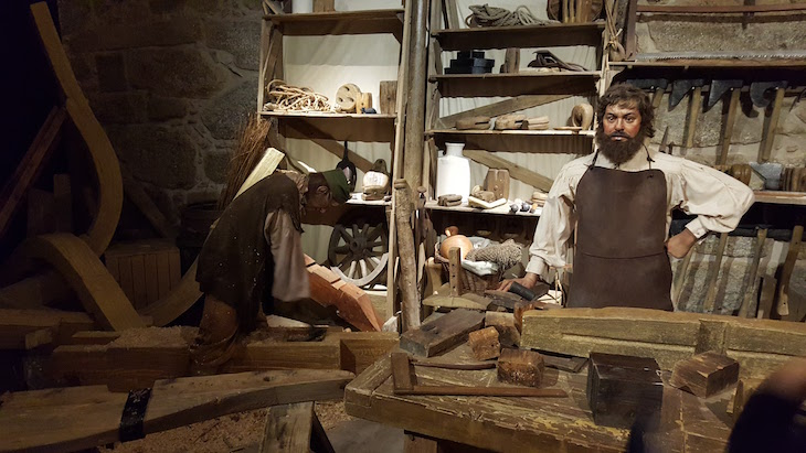 World of Discoveries, estaleiro de Miragaia © Viaje Comigo