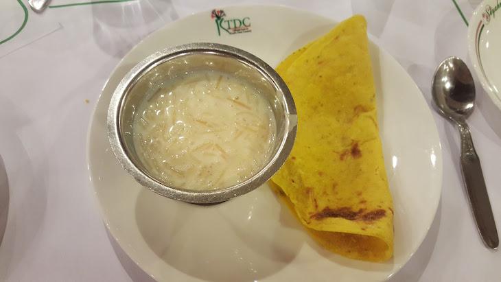 Sobremesa indiana (parecido com arroz doce), Kerala © Viaje Comigo
