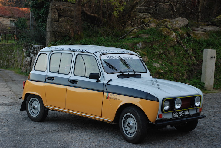 De Cevide a Marrocos numa Renault 4L - DR