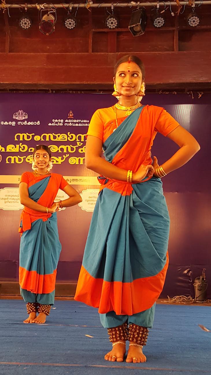 Dançarinas na Kerala Kalamandalam, Kerala © Viaje Comigo