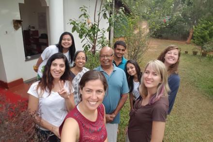 Grupo no Pranavam Homestays, Kerala © Viaje Comigo