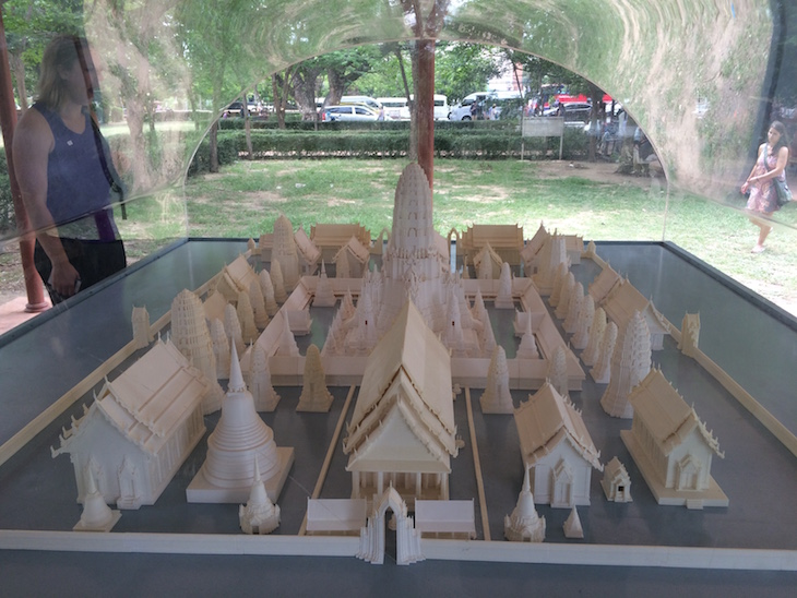 Maquete do que era antes - Wat Maha That, Ayutthaya, Tailândia © Viaje Comigo