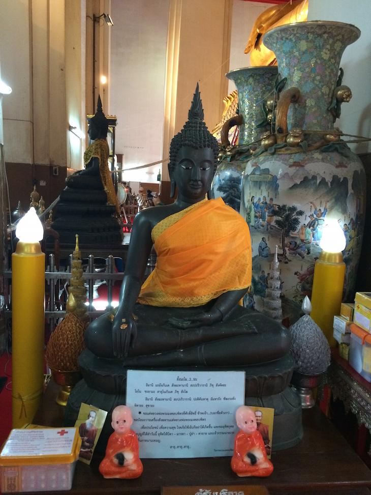 No Wat Phra Si Samphet Thong, Ayutthaya, Tailândia © Viaje Comigo