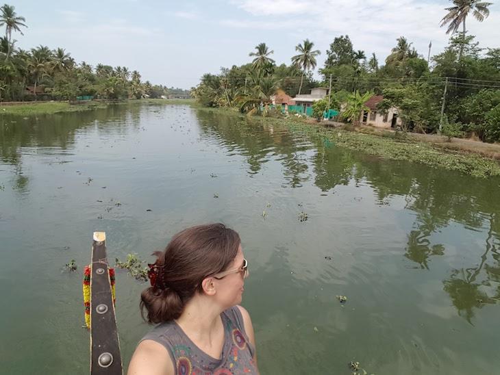 Imagem tirada com selfie stick - Susana Ribeiro em Kumarakom – Village life experience, Kerala © Viaje Comigo