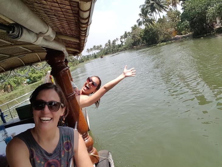 Imagem tirada com selfie stick - Susana Ribeiro e Carla Boechat © Viaje Comigo