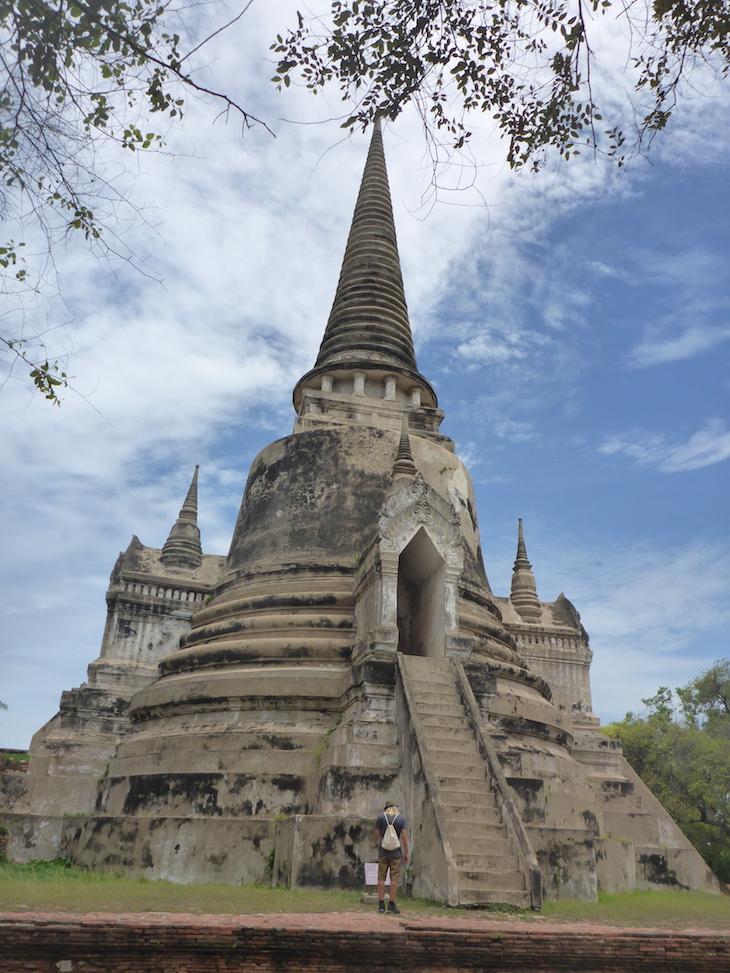 Tour em Wat Phra Si Samphet, Ayutthaya, Tailândia © Viaje Comigo
