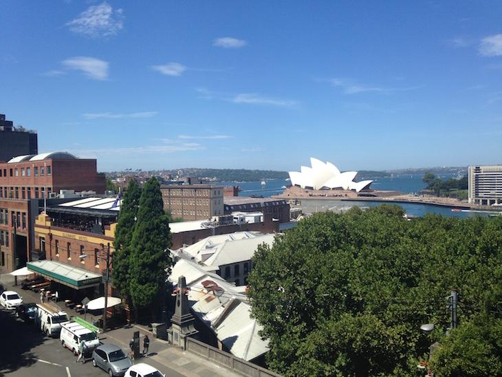 The Glenmore Rooftop Bar + Opera House - Direitos Reservados