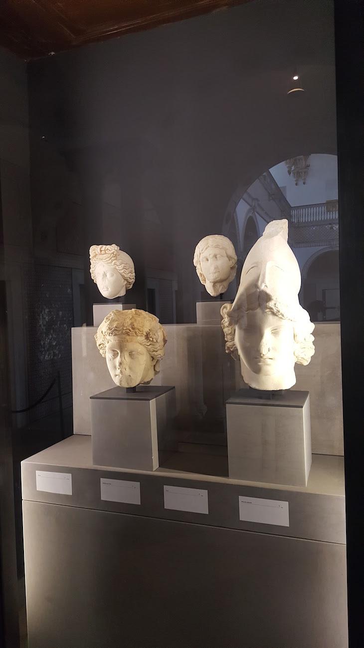 Bustos no Museu do Bardo, Tunísia © Viaje Comigo