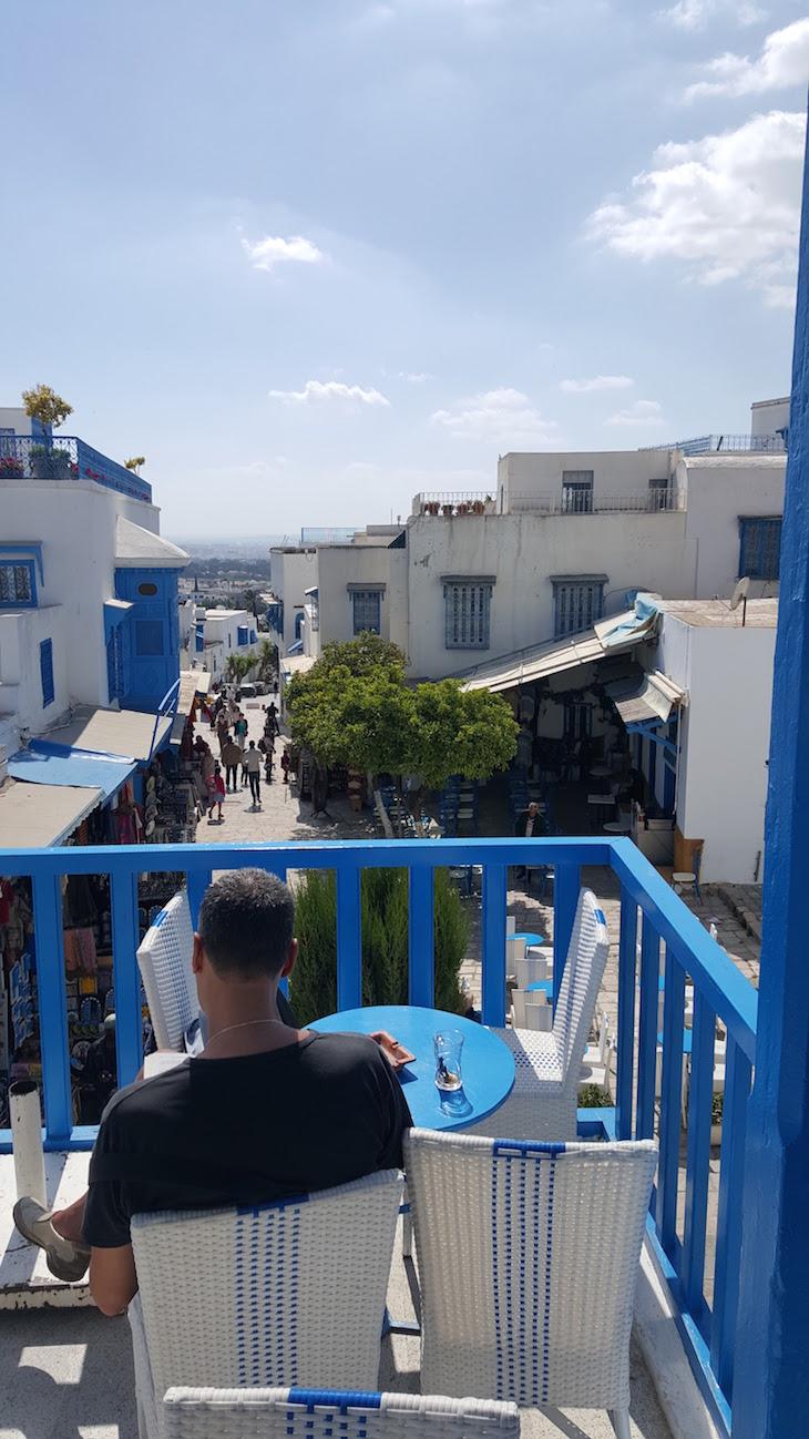 Esplanada do Café des Nattes, Sidi Bou Said, Tunísia © Viaje Comigo